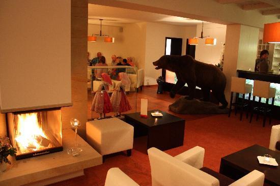 Hotelanlage Starick: Rezeption & Lobby mit gemütlichen Kamin