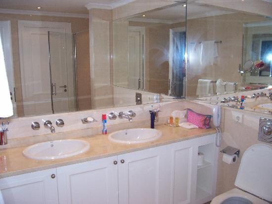 Club Monte Anfi: Bathroom