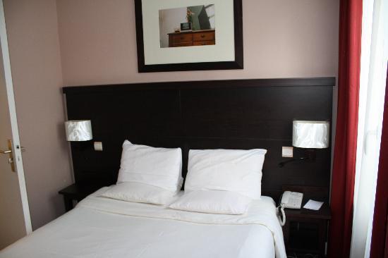 Hotel Haussmann Saint Augustin: Letto