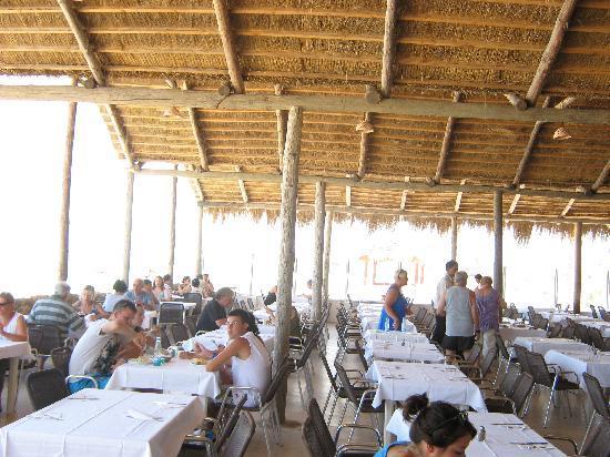 Club Marmara Yasmine: salle de restaurant au bord de l'eau