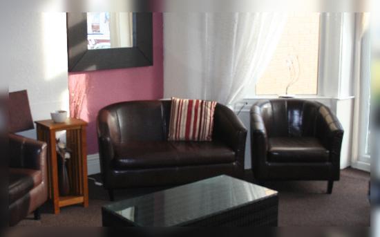 Ash Lea Hotel: bar / lounge