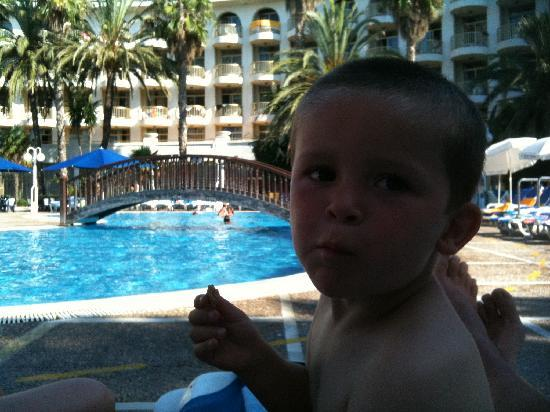 Hotel Best Cambrils: Pool view