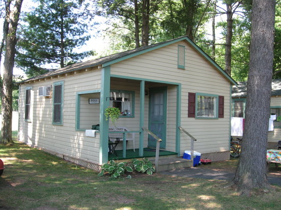 Pine Grove Cottages: Our Cottage--#2