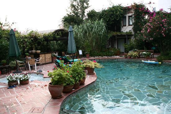 El Vino Hotel & Suites: Area colazione