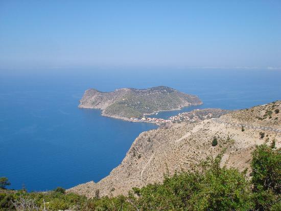 Παραλία Μύρτος: assos from the hills