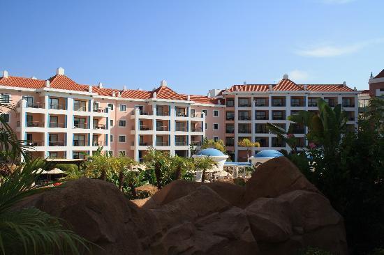 As Cascatas Golf Resort & Spa: Gardens