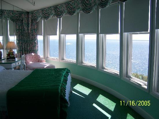 Grand Hotel: room #312