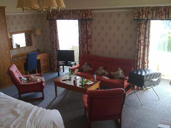 Peebles Hydro: Superior room