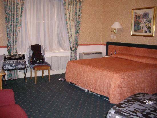 John Howard Hotel: dormitorio