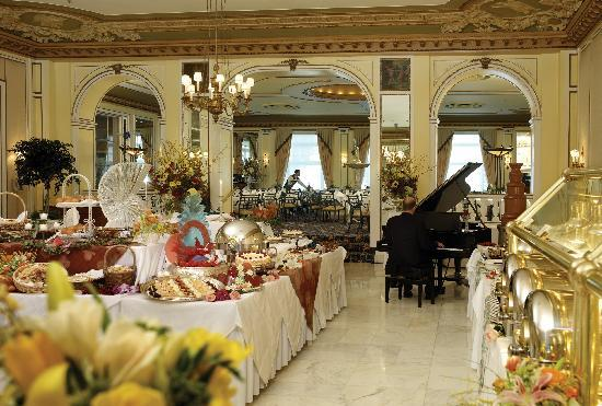 Lake Terrace Dining Room Beauteous Lake Terrace Dining Room And Famous Sunday Brunch  Picture Of The . Inspiration