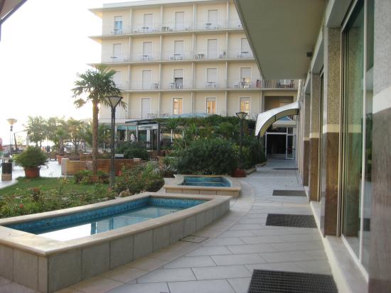 Miramare Hotel & Spa: Very early morning
