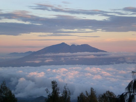 Borobudur, Indonesia: Mount Bromo