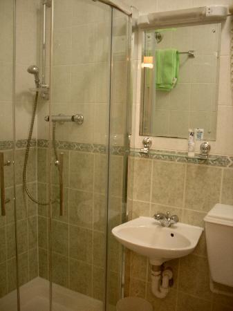 Her Majesty Hotel: il bagno