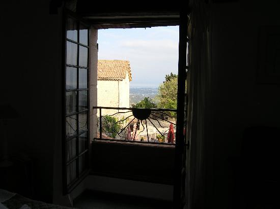 Auberge du Vieux Château : View from hotel room