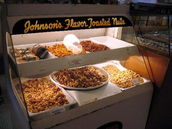Lagomarcino's Confectionery: Nuts display