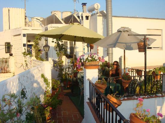 Hostal Miguel: Rooftop Relaxation