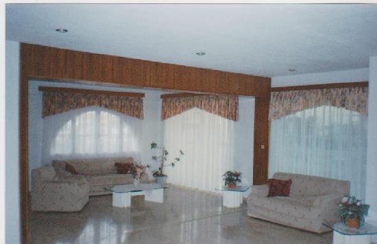 Reception area. Sunshine Hotel