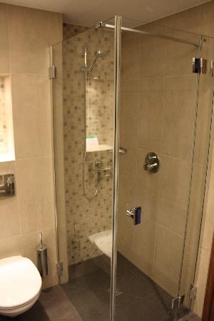 Hilton Gdansk: baño