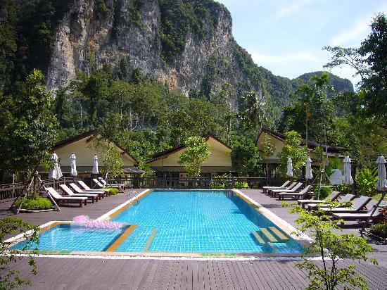 Aonang Phu Petra Resort, Krabi: Swimmingpool