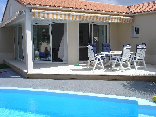 Our much valued and appreciated private swimming pool for Piscine chateau d olonne