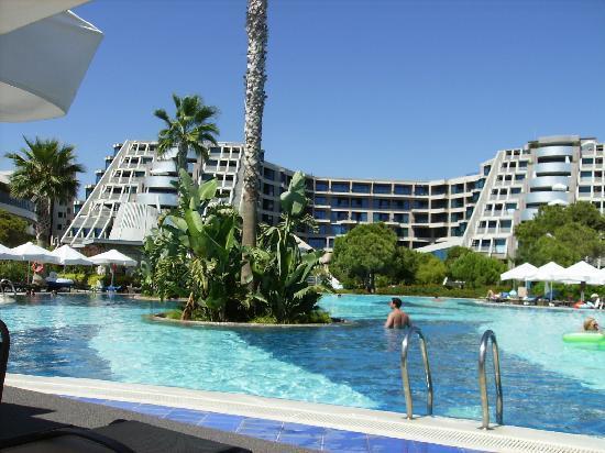 Susesi Luxury Resort : Une des nombreuses piscines