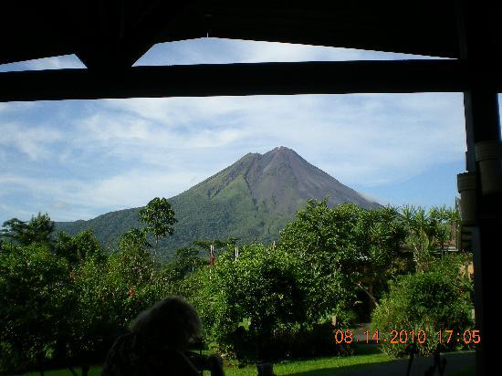 Arenal Springs Resort and Spa: The view at breakfast