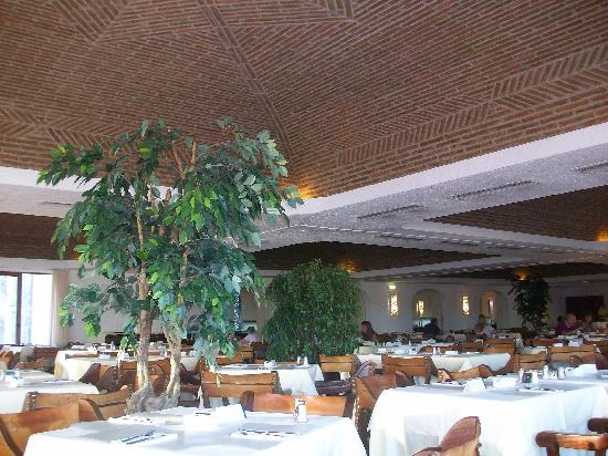 Tivoli Lagos Hotel: Salle de restaurant du Tivoli Lagos