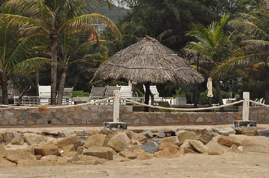 Palace Resort Long Hai Beach: vue de la plage