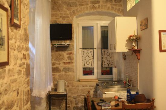 Kaleta Apartments : Cocina