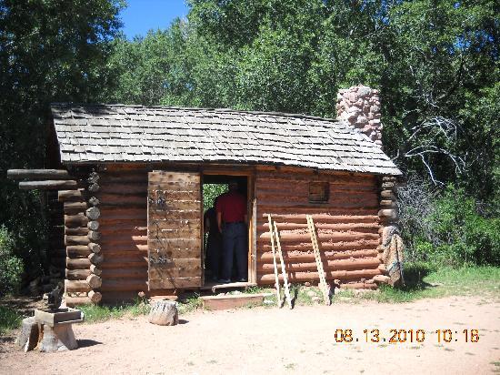 Rock Ledge Ranch Historic Site: Replica of a log cabin