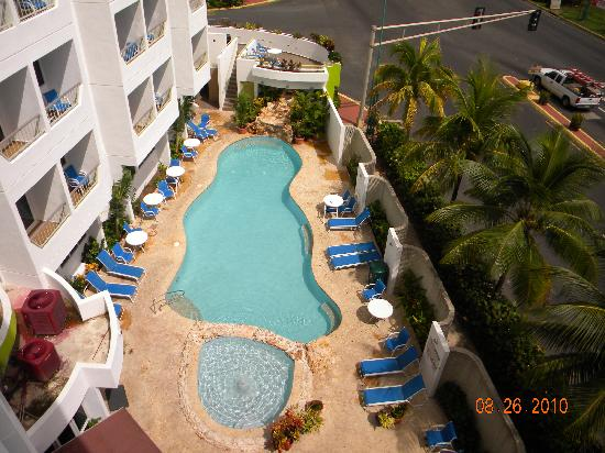 Toa Baja, Porto Rico: Beautiful Pool