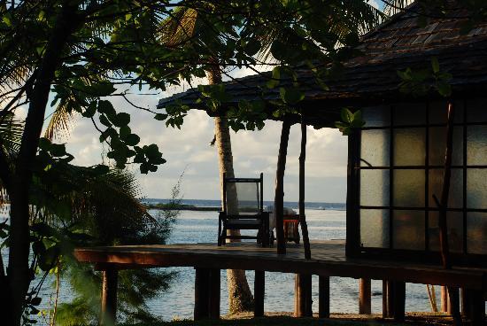 Vahine Island ile privée Resort & Spa : deck of bungalow
