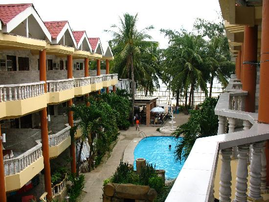 Boracay Peninsula Resort: View from the patio looking towards the beach