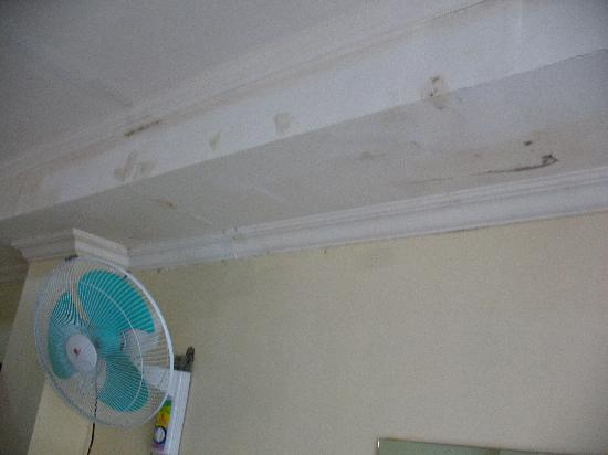 Boracay Peninsula Resort: Packing tape to repair the ceiling