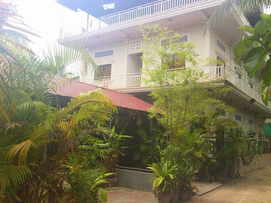IRRACHA Guesthouse