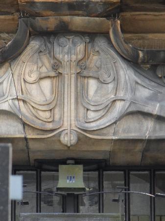 Glasgow, UK : アールヌボー的なのでしょうか?