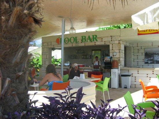 Mandarin Resort: Le Pool Bar