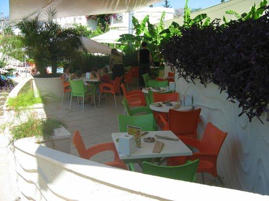 Mandarin Resort: L'espace restauration midi
