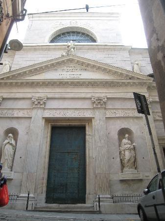 Chiesa di San Siro: Outside of Church