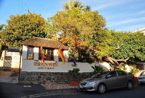 Brenwin Guest House: Outside