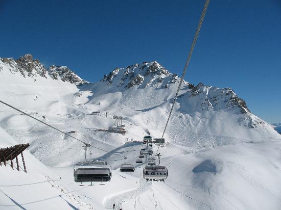 Hotel Pettneuerhof: skifahren