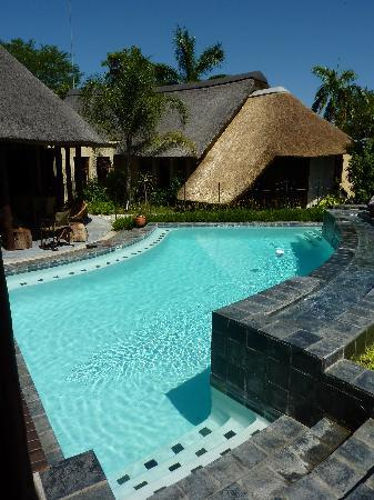 La Lechere Guest House: La Lechere Pool