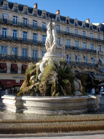 Montpellier, Frankrig: La Fontaine des Trois Grâces sur la Place de la Comédie