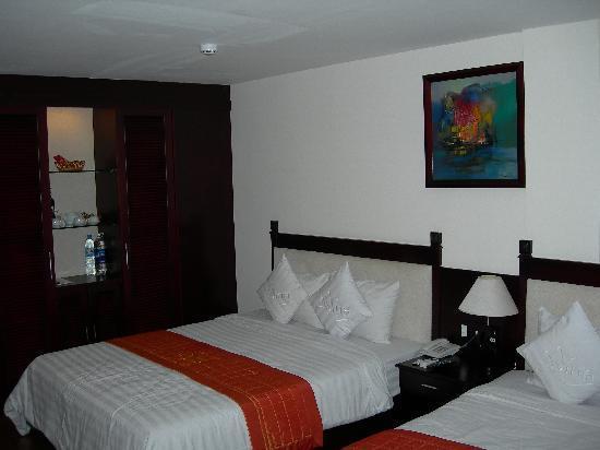 Vina Hotel Hue: Standard Room @ Vina Hotel