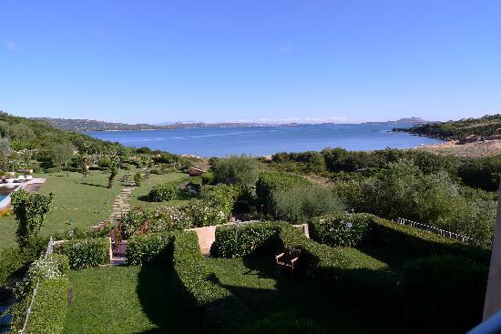 L'ea Bianca Luxury Resort: Blick vom Zimmerbalkon auf die Bucht