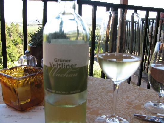 Auberge du Soleil Restaurant: First course wine