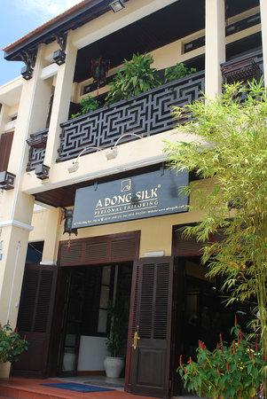 A Dong Silk Tailors: A Dong Silk