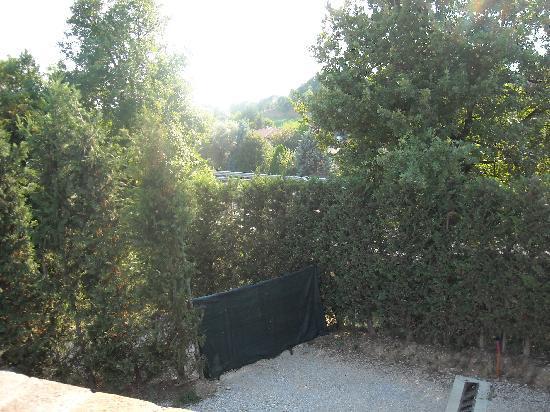 Residence Lady Village: l'autostrada al confine della proprietà
