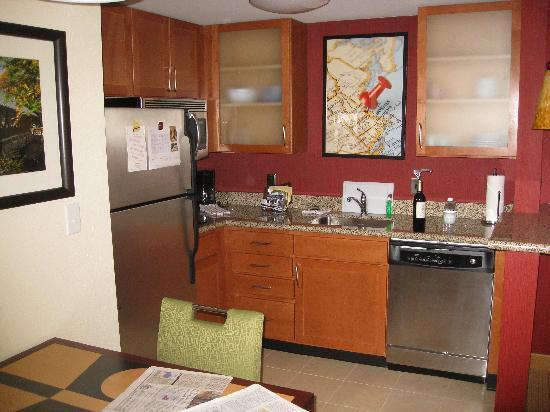 Residence Inn Concord: Room3