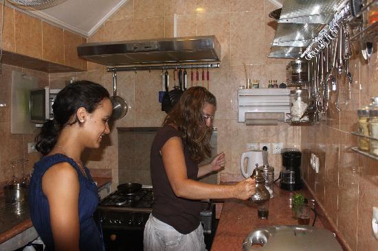 Riad Argan: Cours de thé à la menthe
